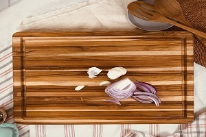 Natural Teak Wood Cutting Board with Juice Groove